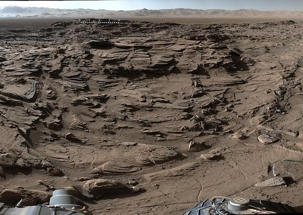 Pretty much all of Mars looks like this
